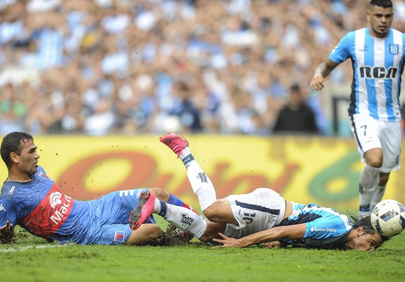 Racing lo empató en el final