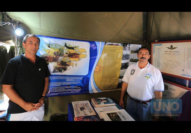 Patriotas. Valdez y Barrios contaron sus experiencias y reivindicaron la causa de Malvinas. (Foto: UNO/Diego Arias)