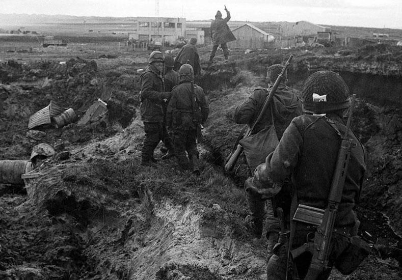 La guerra que duró 74 días
