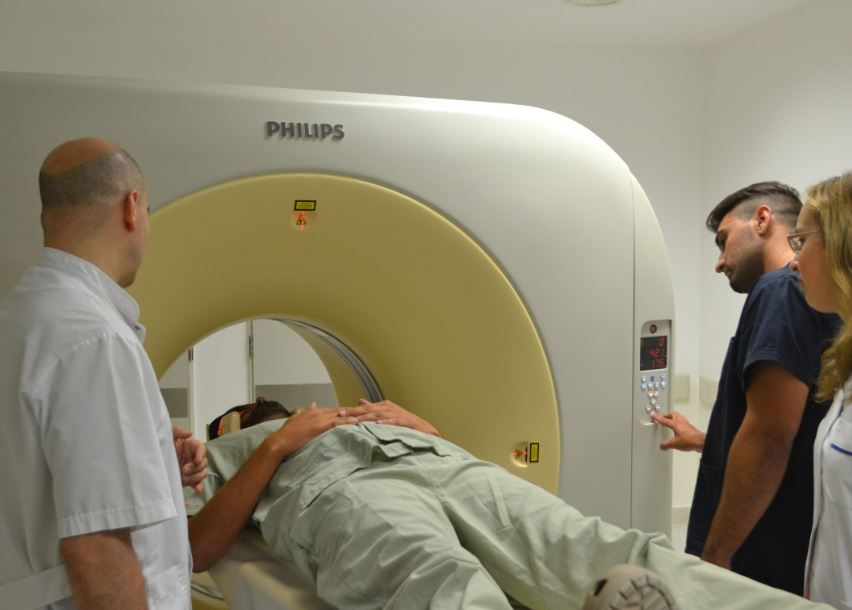 Este lunes comienza a funcionar el tomógrafo del Hospital de la Baxada