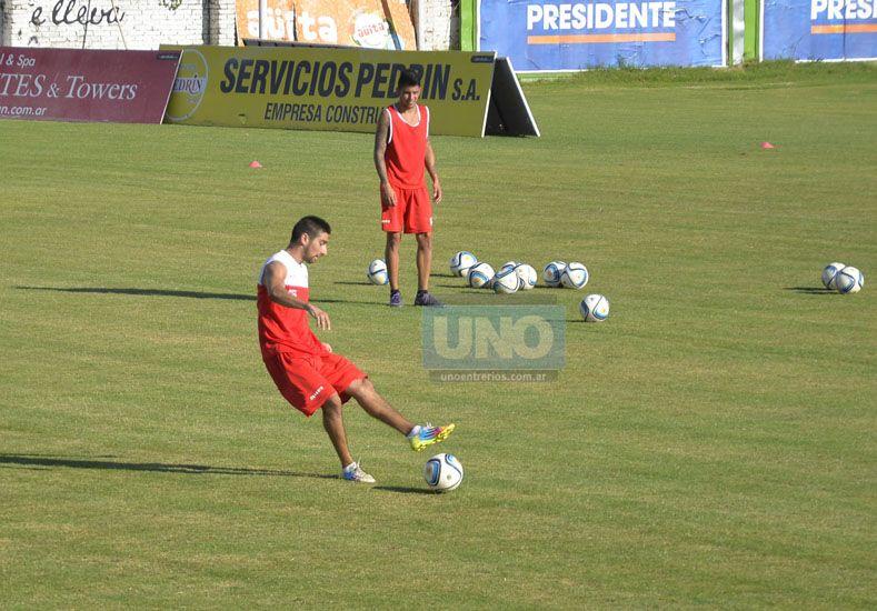 Guido Rancez comenzó ayer dentro del mediocampo titular.  Foto UNO/Mateo Oviedo