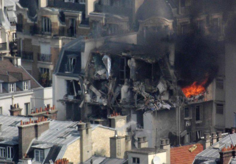 Al menos cinco heridos por una explosión en el centro de París debido a un escape de gas