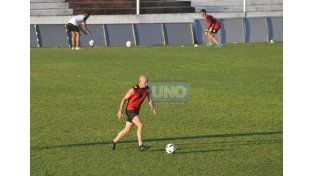 Furios reemplazará a Andrade en el fondo del Rojinegro.   Foto UNO/Mateo Oviedo