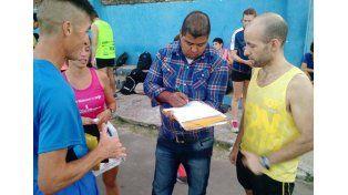 """Entregaron el dinero recaudado en la carrera solidaria """"Todos por Camilo"""""""