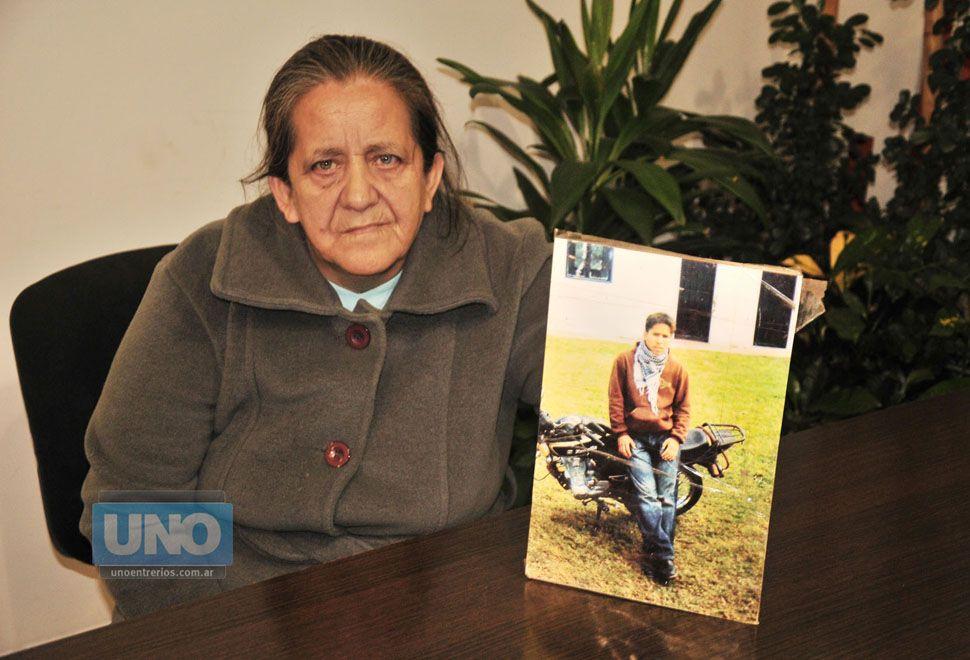 Reclaman que confirmen la condena a los policías por el asesinato de Jonathan Gorosito