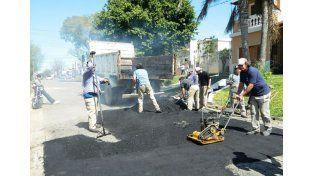 Avanza la obra de asfaltado de calle Maciá