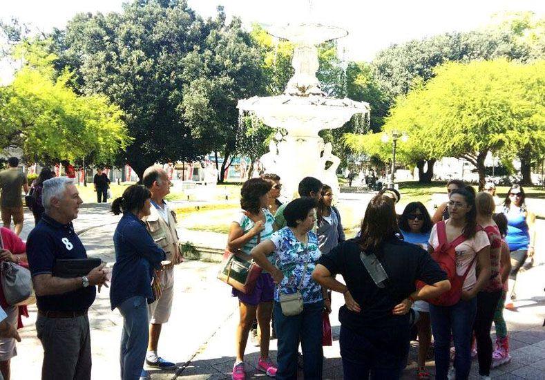 Convocante. En Paraná organizaron visitas guiadas y gratuitas por el centro