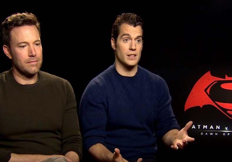 Ben  Affleck y Henry Cavill. Foto: Captura de video