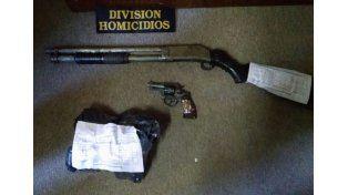 Hallaron el arma del crimen de un joven en barrio Mosconi