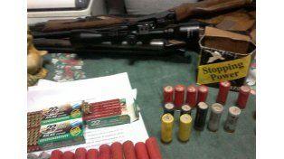 Secuestran armas, cartuchería y drogas, en distintos procedimientos