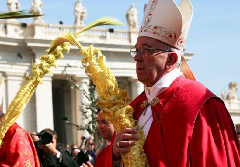 Papa Francisco en Domingo de Ramos: Renunciemos al egoísmo, al poder y a la fama