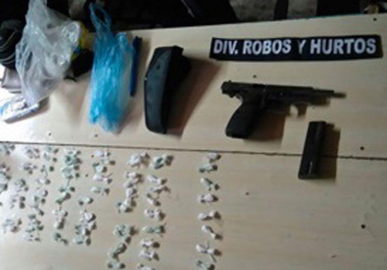 Secuestran drogas en Anacleto Medina