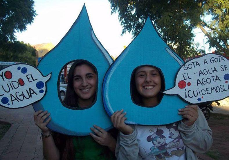 Insisten en cuidar el agua. Foto Ecoclub Paraná