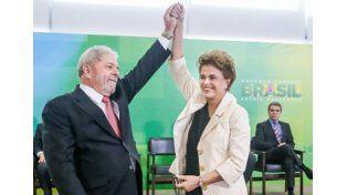 Lula duró unos minutos en el cargo.