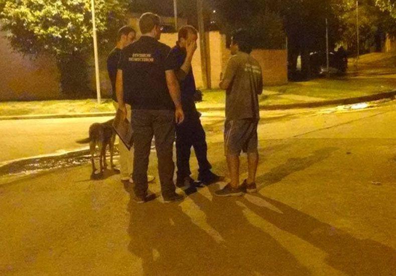 La policía trabajó en el barrio luego del asesinato. Foto: Gentileza Reporte 100.7.