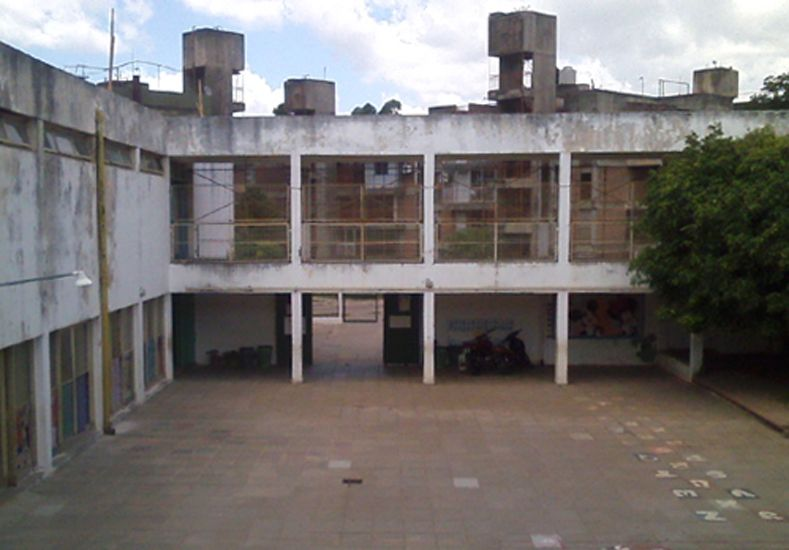 La escuela Dos Naciones