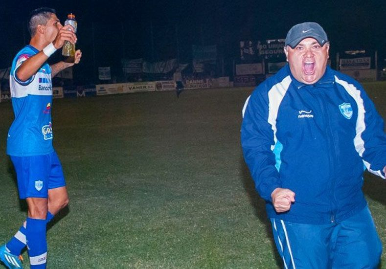Después del festejo por la última victoria el conjunto uruguayense volvió ayer al trabajo .