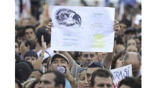 La calle fue escenario de marchas a favor y en contra del presidente