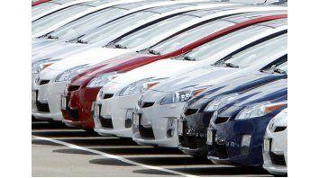 el mercado automotor continua marcha atras