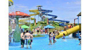 Atractivo. El Parque Acuático de Federación convocó a unas 5.000 personas por día en verano. (Foto Gentileza Turismo Federación)