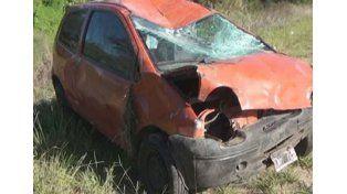 Falleció el adolescente que estaba grave tras volcar con su auto en Colón