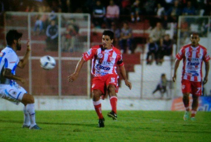Atlético Paraná no levanta cabeza