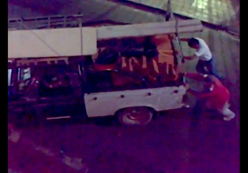 Dudoso traslado de materiales del Mercado de Las Pulgas