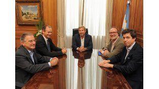 Frigerio y Bordet firmaron un convenio para reparar las defensas de Concordia