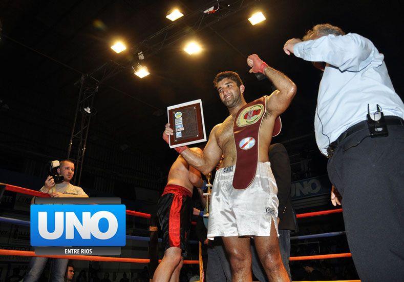 El boxeador paranaense Jairo Suárez expondrá el cetro entrerriano ante el gualeyo Rolando Yedro. Foto UNO/Mateo Oviedo