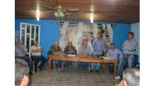 Unidos. Un dolor de cabeza menos para Bordet: la dirigencia de Paraná Campaña se puso de acuerdo.