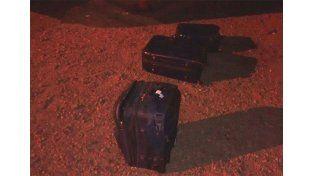 Secuestraron 40 panes de marihuana que estaban ocultos en el equipaje.