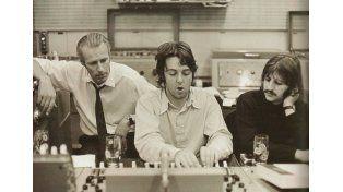 Murió George Martin, el quinto Beatle