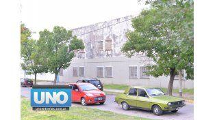Sin solución. En la escuela dijeron que pidieron ayuda a diversos organismos y no tuvieron respuesta. Foto UNO/Juan Manuel Hernández