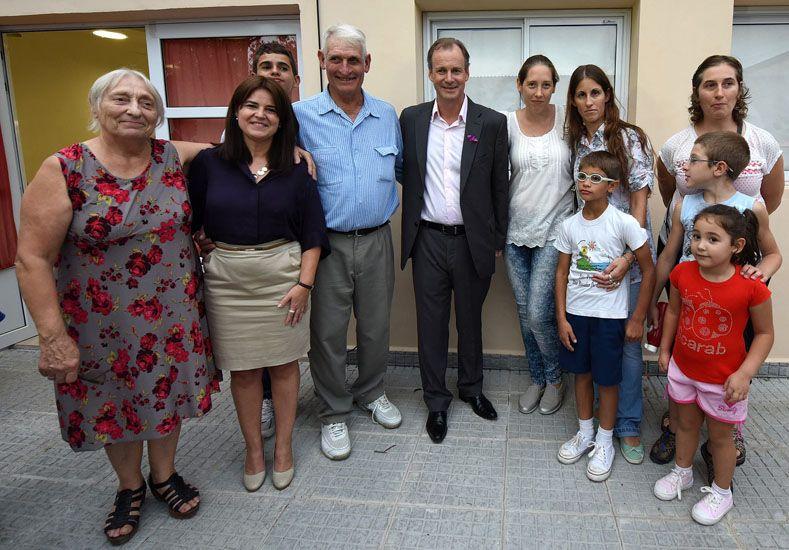 Bordet visitó el Hogar de Protección para Mujeres en situación de Violencia