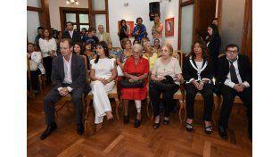El gobernador inauguró el salón Mujeres Entrerrianas de Casa de Gobierno