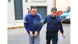 Condenan al policía que golpeó a Silvio Díaz en una comisaría