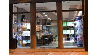 Tendencia. Las agencias ofrecen los paquetes al exterior con precios en dólares.  Foto UNO/Archivo ilustrativa