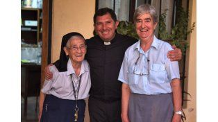 Con las hermanas. Sergio Havy