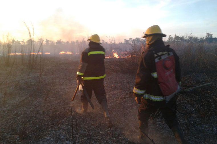 Prohíben realizar quemas en el territorio entrerriano hasta el 31 de marzo