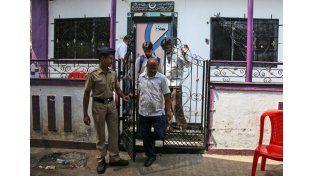 Un hombre degolló este domingo a 14 miembros de su familia antes de suicidarse en el estado de Maharashtra