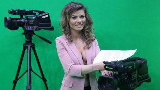 Un canal de TV desnuda a sus conductoras para ganar rating