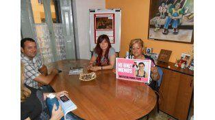 Foto: La madre de Florencia viajó a Paraná para pedir celeridad a la Justicia. (Foto: APF)