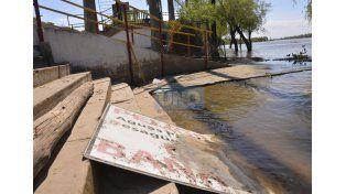Sin playas. A diferencia del río Uruguay