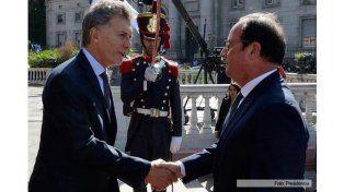 Hollande prometió ayuda financiera para empresas francesas que se instalen en el país