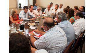 El Gobierno recibe a los gremios docentes para firmar el acuerdo paritario.  Foto: Télam
