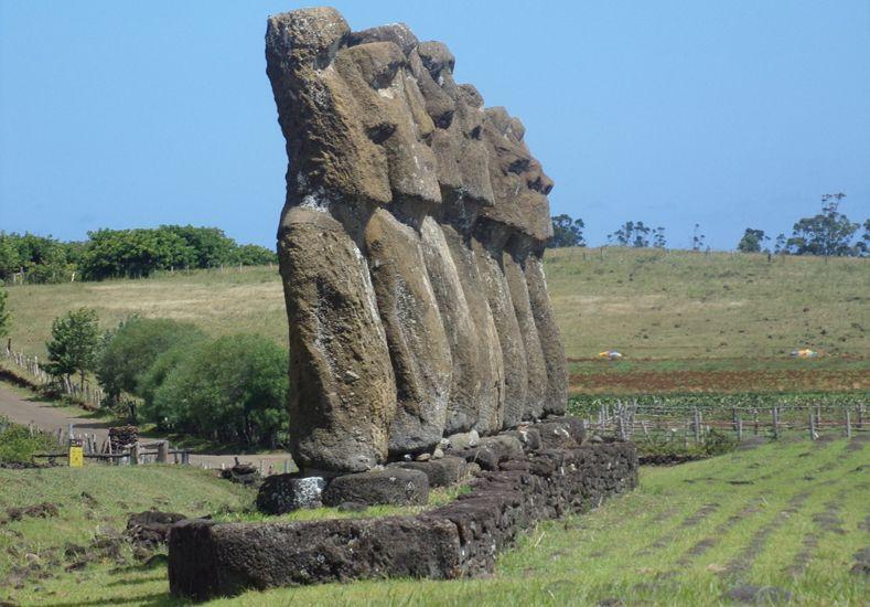 Todo un misterio. Los moai están en gran parte de la Isla de Pascua.