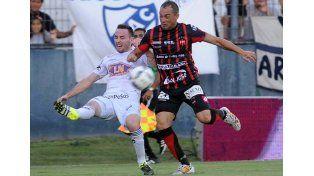 Fue otro empate para el equipo de la capital entrerriana.   Foto: Télam