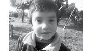 Solo tres años. Nico Godoy fue buscado durante tres días y lo encontraron muerto en un tajamar.
