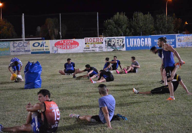 La gente de Viale preparada para jugar en un torneo que afronta desde hace un par de años.