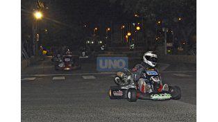 De noche. La actividad se centrará mañana por la noche y el espectáculo está garantizado en el autódromo con los karting.  Foto UNO/Mateo Oviedo